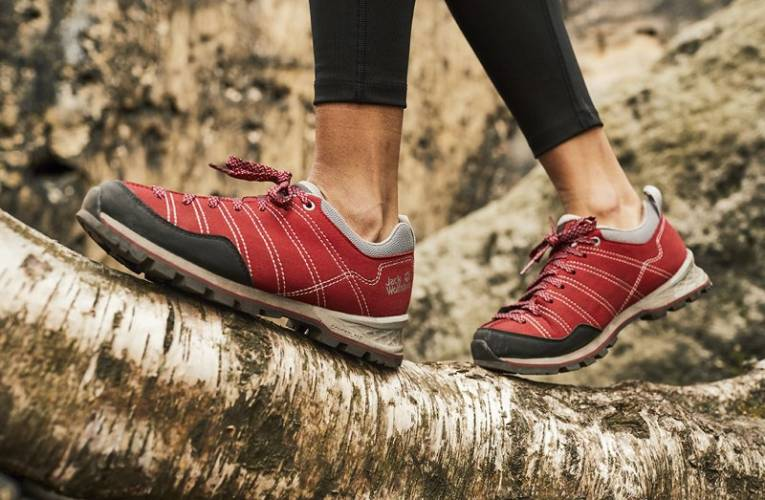 Czym kierować się przy wyborze pierwszych butów trekkingowych?